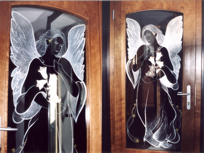 Paintings on the wall, glass,facade - Painting on glass: Angel 2